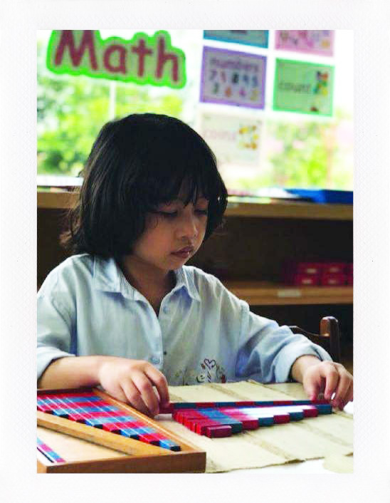 Ceria Montessori pay particular attention to providing an environment that allows children to concentrate and to experience certain kinds of consistent behavior from their children.